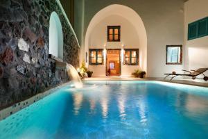 Vallas Apartments & Villas(Firostefani)