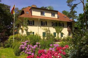 Haus Hubertus, Ferienwohnungen  Ostseebad Boltenhagen - big - 34