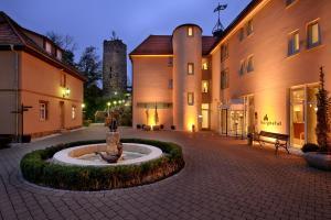 Burg Staufeneck - Hotel - Salach