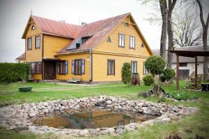 Seno grafo svečių namai
