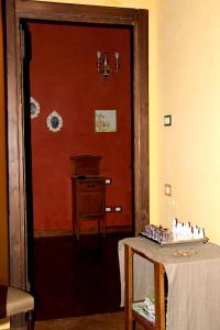 Al Vecchio Fontanile B&B, Bed and breakfasts  Ladispoli - big - 17