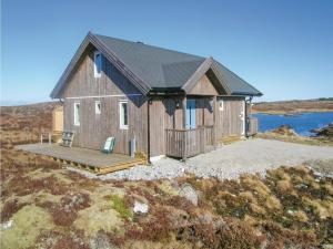Two Bedroom Holiday Home in Dyrvik