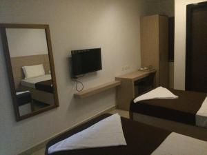 Sri Aditya Inn Boutique Hotel