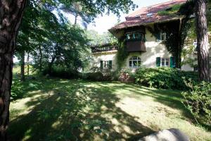 Haus Hubertus, Ferienwohnungen  Ostseebad Boltenhagen - big - 39