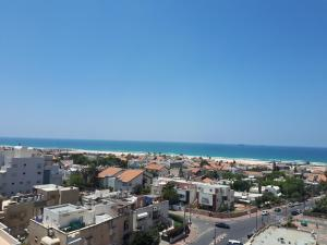 A Picture of Keren's Sea View Apartment