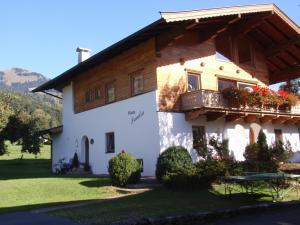 Haus Sandra, Кирхберг
