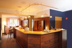 Hotelpension zum Gockl, Penzióny  Allershausen - big - 54