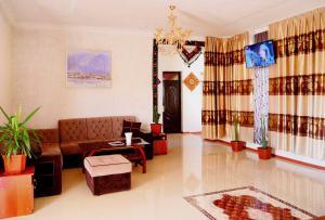 Oq Saroy Hotel
