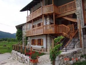 Apartments Tonkli