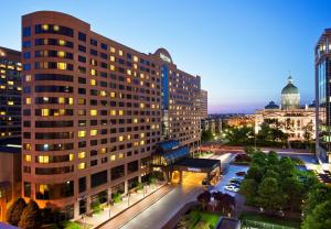 Nearby hotel : The Westin Indianapolis