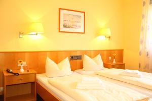 Hotelpension zum Gockl, Penzióny  Allershausen - big - 33