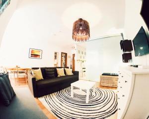 Мадрид - Lollipop Flats City Centre Supreme Suite