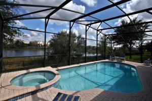 Schwimmbad Orlando Supreme Vacation Homes