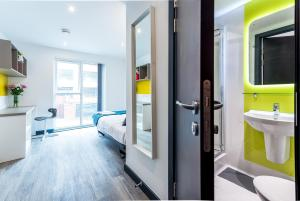 New Street Serviced Apartments