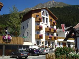 Pension Villa Claudia Augusta