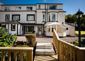 Lochside Guest House