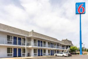obrázek - Motel 6 Fresno - Belmont Ave
