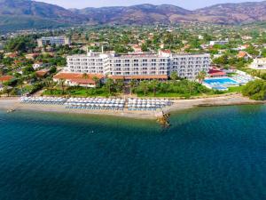 Агии Апостоли - Bomo Calamos Beach Hotel