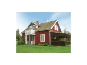 Three Bedroom Holiday Home in Mariannelund