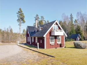 Five Bedroom Holiday Home in Unnaryd