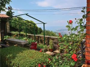 One Bedroom Holiday Home in Crni Kal