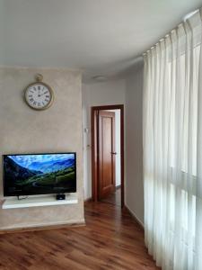 Leonardo Sea View Luxury