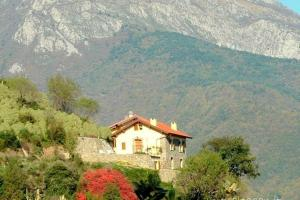 Nearby hotel : Holiday Home La Donnola Pigna