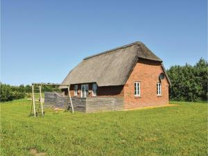 Four Bedroom Holiday Home in Ulfborg