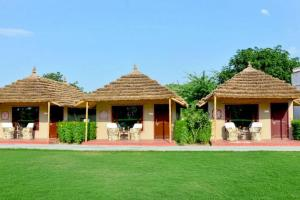 Rustic hut with a lawn in Ranakpur, by GuestHouser 38629
