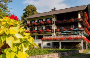 Hotel Lipeter & Bergheimat - Weissensee