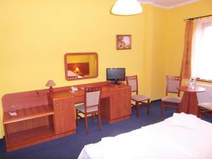 Hotel-Restauracja Spichlerz, Hotels  Stargard - big - 79