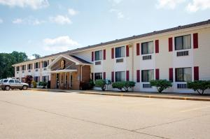 Nearby hotel : Super 8 - West Plains