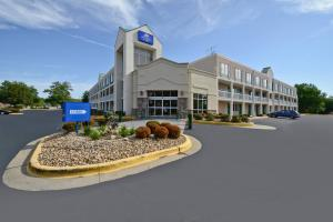 Hôtel proche : Americas Best Value Inn and Suites Overland Park