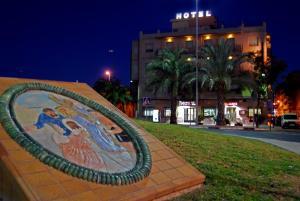 (Hotel Santa Faz)