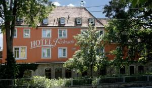 G nstige hotels in w rzburg ab 72 trabber hotels for Gunstige pension wurzburg