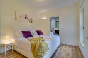 Luxury 4 Bedroom, Spacious & Central Apartment!