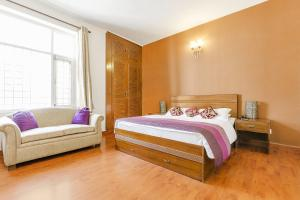 Boutique room in Greater Noida, by GuestHouser 13320