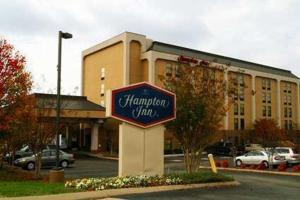 Nearby hotel : Hampton Inn Bellevue/Nashville I-40 West