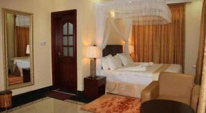 Дар-эс-Салам - Lantana Hotel