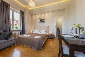 Варшава - P&O Apartments Andersa INTRACO