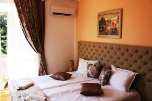 Sea Port CELEBRITY Apartment Lets4Holiday