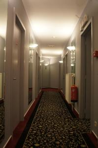 Sky Apart Hotel, Aparthotely  Brusel - big - 20