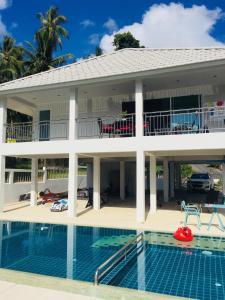 Private Pool Villa inside Lamai