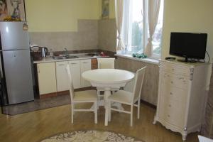 Апартаменты у Приморского Парка, Апартаменты  Ялта - big - 39