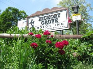 Nearby hotel : Hickory Grove Motor Inn - Cooperstown