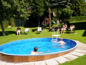 Swimming pool Chalupa U Beranu