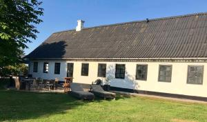 7 Bedrooms Horse Farm near Skagen