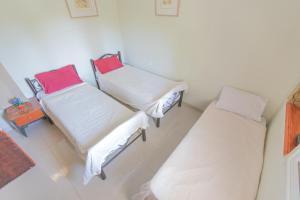 A Picture of Desert Inn & Maya Rooms