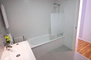 Flatsforyou Russafa Design, Apartmanok  Valencia - big - 21
