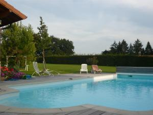Swimming pool Chambres d'Hotes Grange Carree